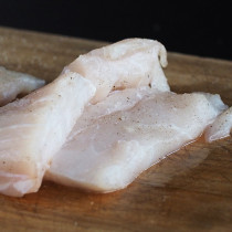 Crocodile Tail Filets 【Sold by Weight】