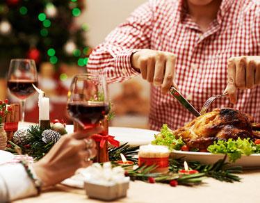 チキンの丸焼きで盛り上がろう!クリスマスチキンのレシピ